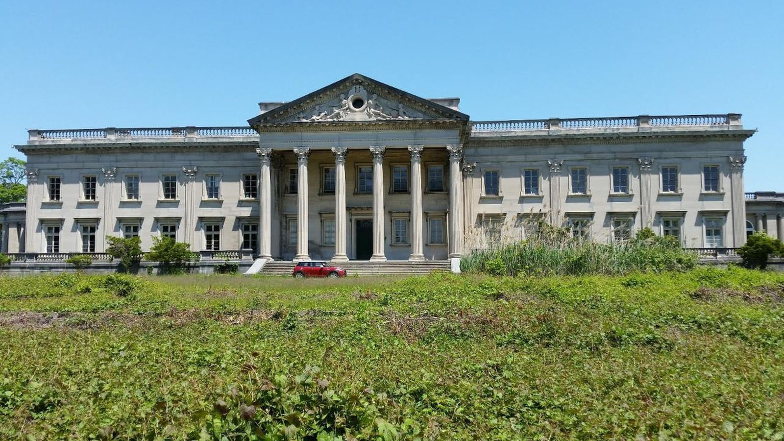 Horace Trumbauer S Lynnewood Hall Is Back On The Market For 17 5m Curbed Philly