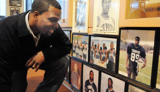 Napoleon Harris recalls his high school days while visiting Thornton Township High School in Harvey in 2012.   Sun-Times file photo