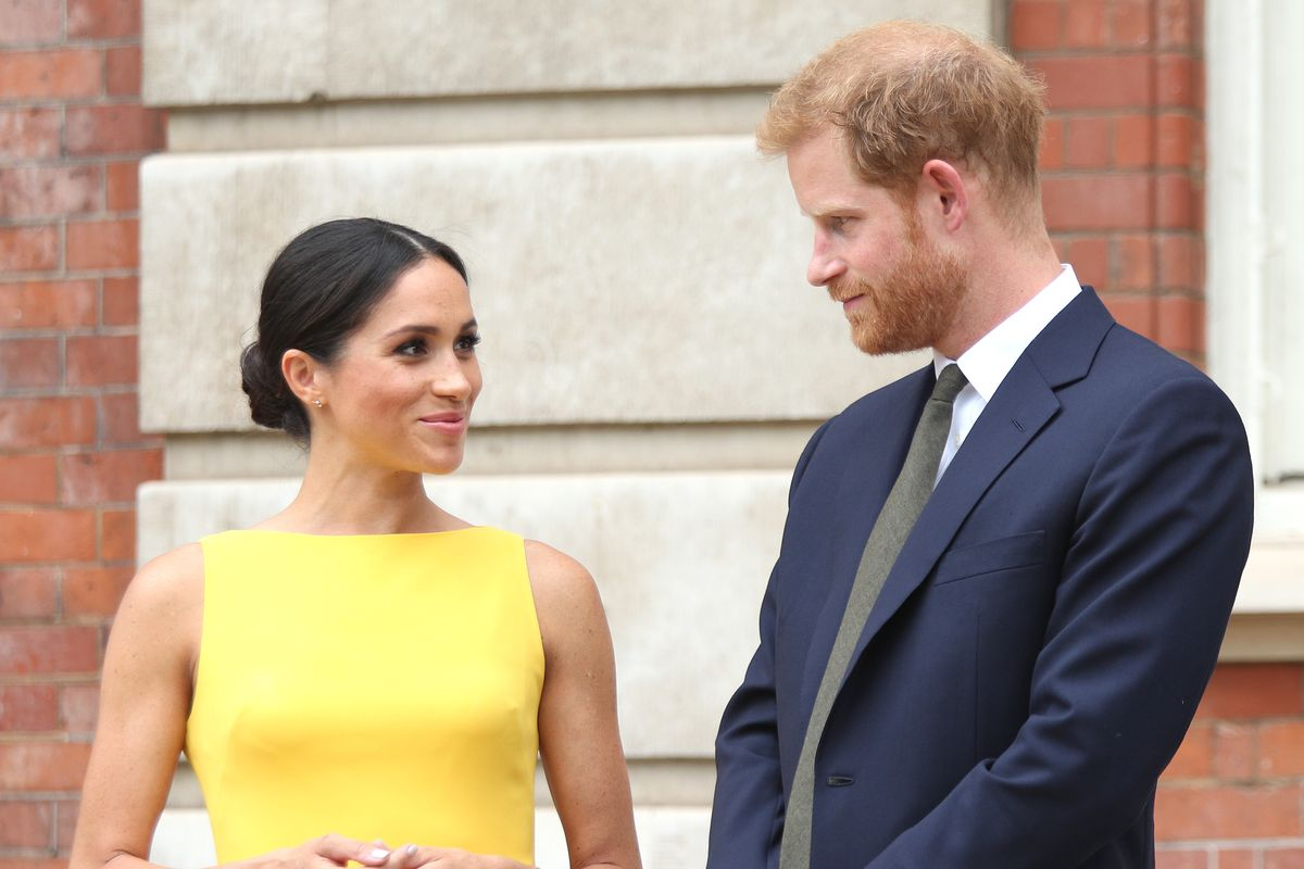 meghan markle wears yellow brandon maxwell shift dress racked