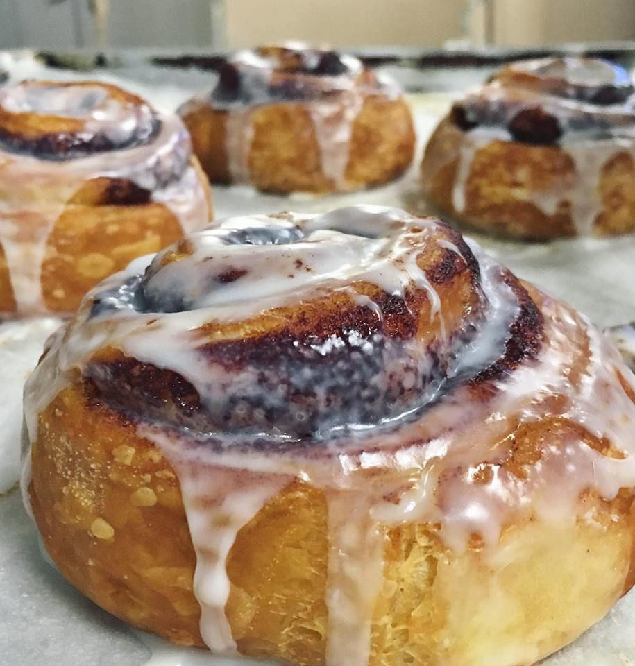 Cinnamon roll at Breaking New Grounds