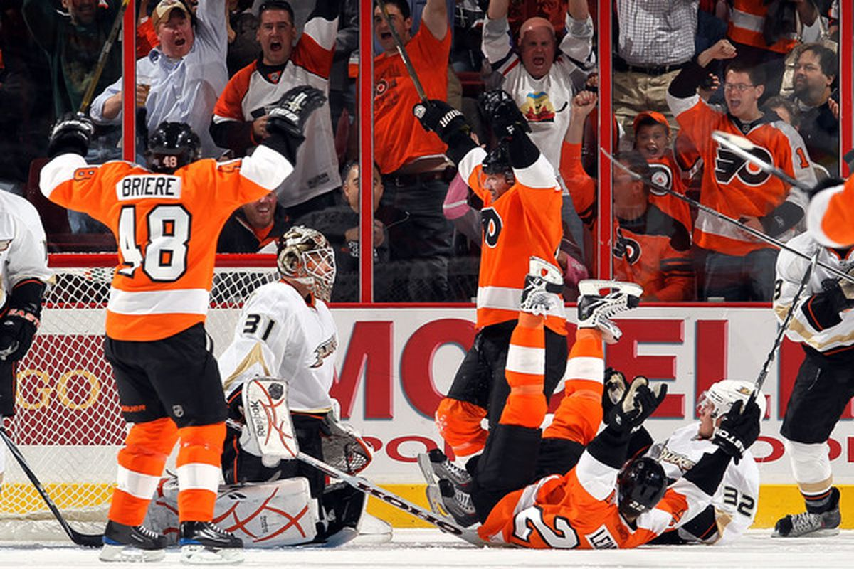 Ducks fans probably remember McElhenny better this way