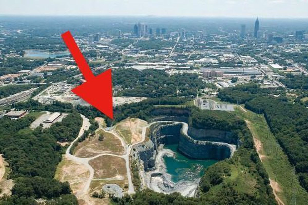 [The Bellwood Quarry site in 2008, largely as it appears today.]