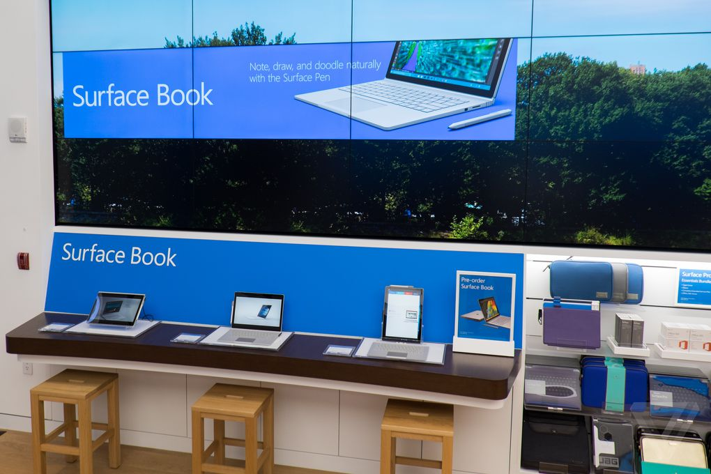 Microsoft opens the doors to its New York City flagship ...