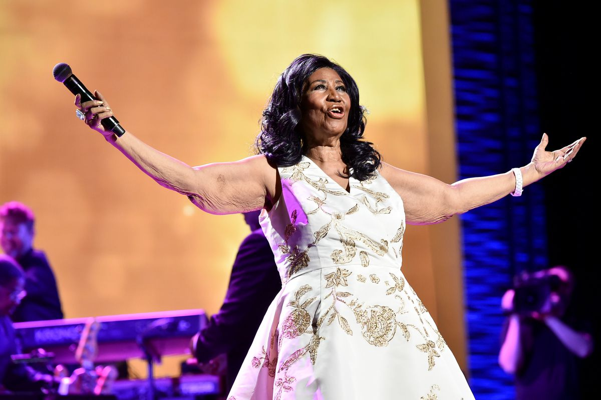 Aretha Franklin's family considers validity of wills discovered in singer's Detroit home
