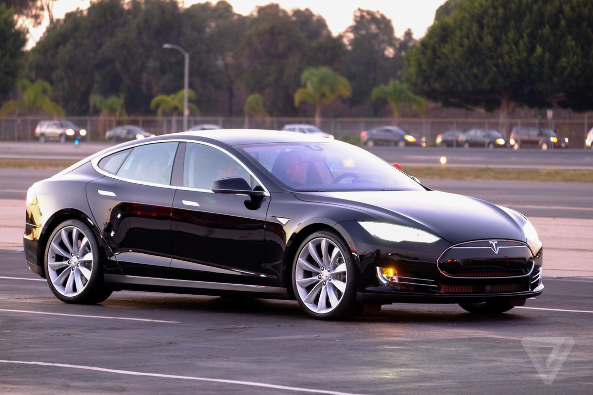 You can now summon your Tesla from the curb  The Verge