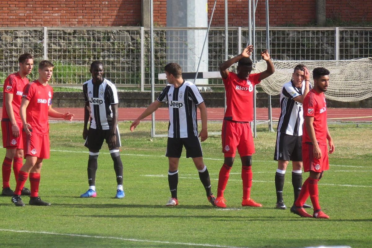 TFC III line up for free-kick against Juventus at the Viareggio Cup