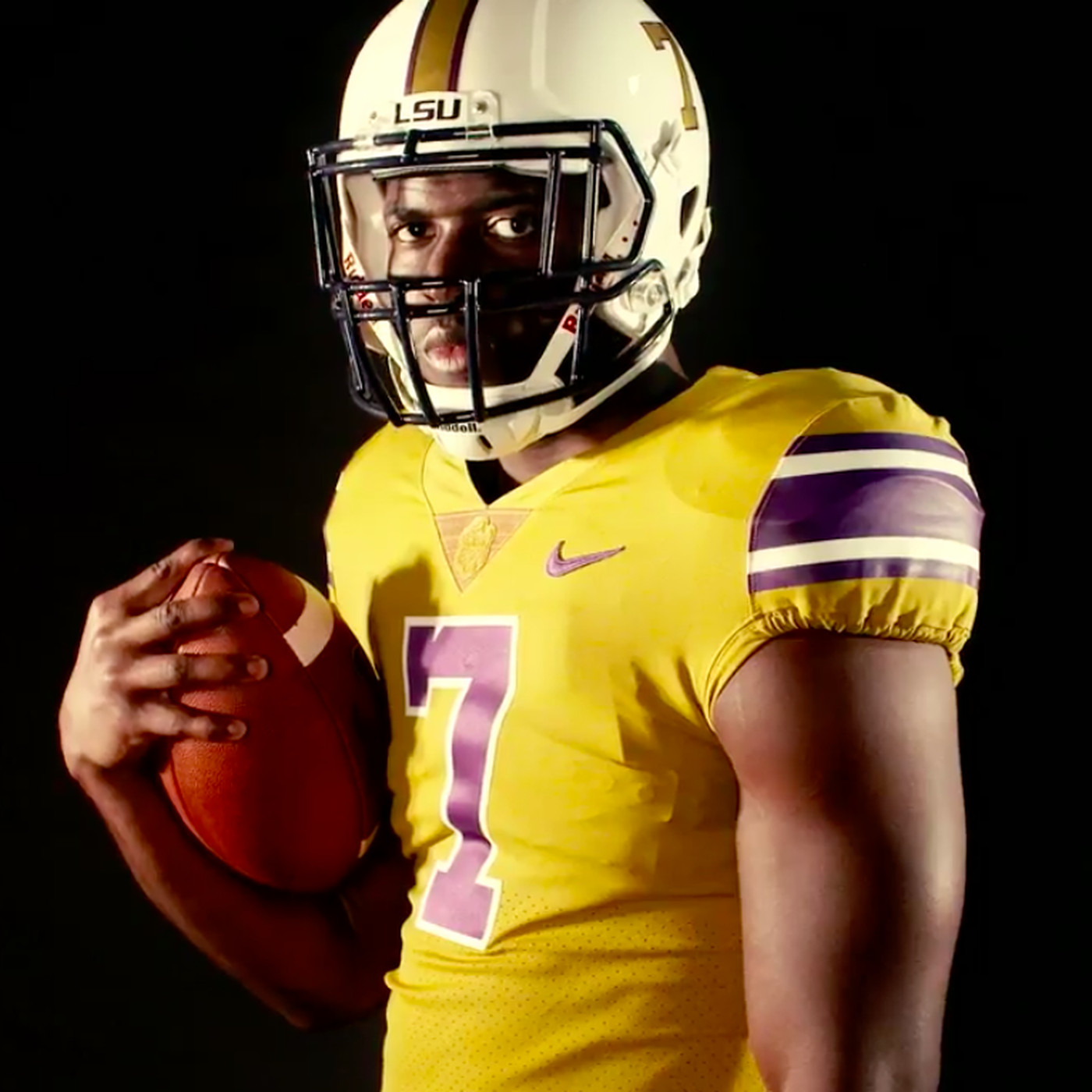 detailed pictures eaab5 7c8e0 LSU wearing these sick throwback gold jerseys and white ...