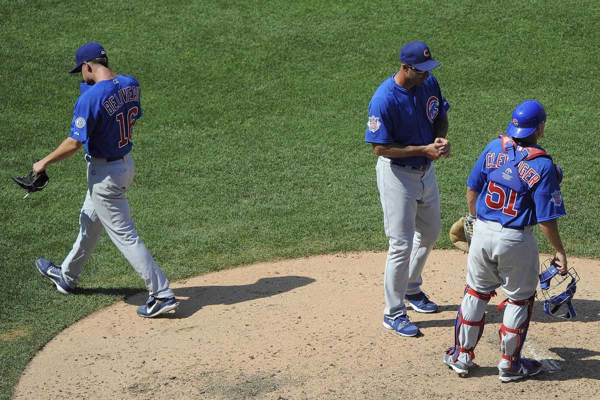 St. Louis, MO. USA; Chicago Cubs relief pitcher Jeff Beliveau walks off the field after giving the ball to manager Dale Sveum against the St. Louis Cardinals at Busch Stadium. Credit: Jeff Curry-US PRESSWIRE