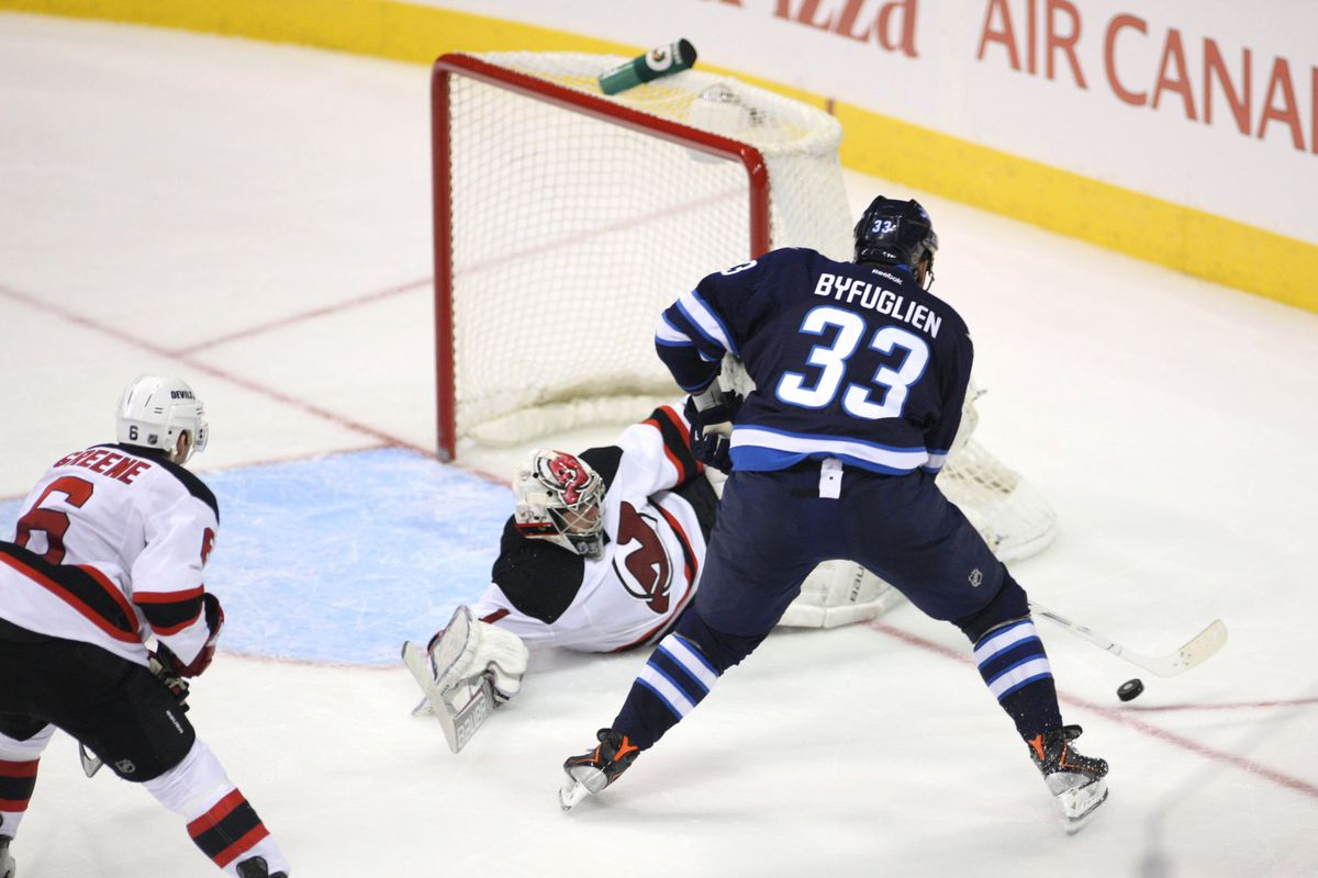 This one mistake by Johan Hedberg made it 2-1 for the Jets and the Devils couldn't match it with a goal of their own.