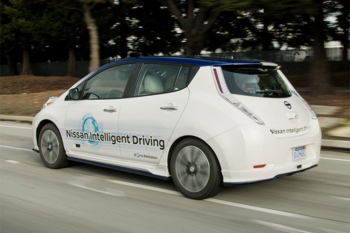 Renault-Nissan CEO Keeps Tech Partnership Options Open (Q&A) - Recode