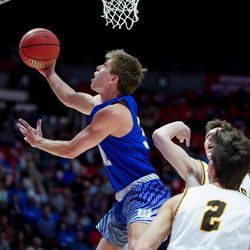 Fremont's Dallin Hall drives to the hoop in the 6A boys basketball championship game against Davis at the Huntsman Center in Salt Lake City on Saturday, Feb. 29, 2020.