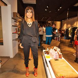 """Taye Hansberry of <a href=""""http://www.stuffshelikes.net/""""target=""""_blank"""">Stuff She Likes</a> wins for best jumper-and-heels look."""