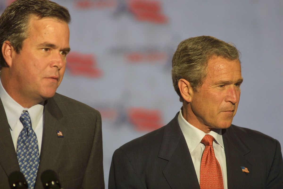 Jeb and W. in 2002.