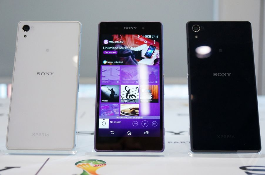Sony S Xperia Z2 Introduces A Brilliant New Display To The