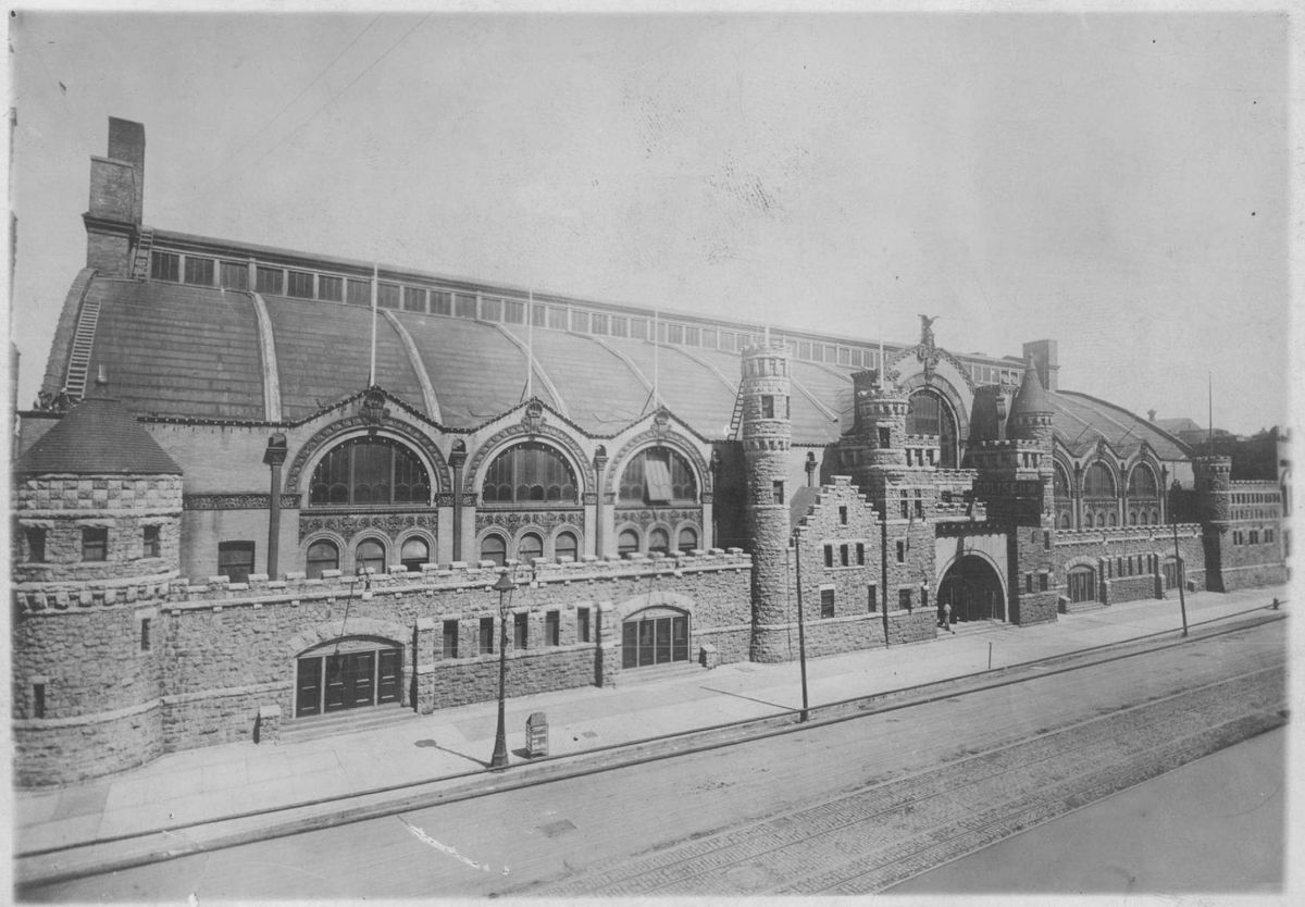 In the early 1900s, the third Chicago Coliseum hosted some of the city's first public gay dances and drag balls.