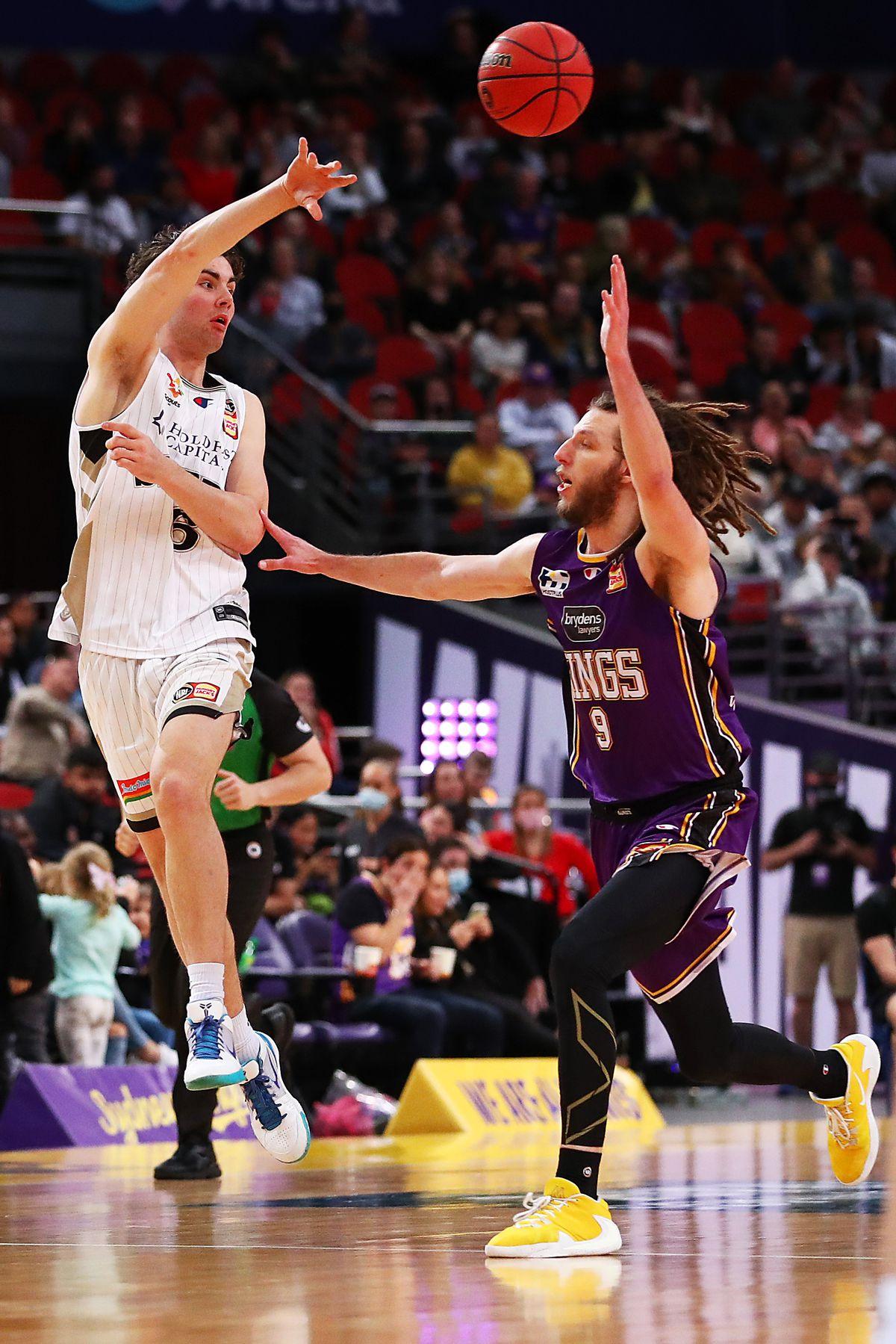 NBL Rd 18 - Sydney v Adelaide