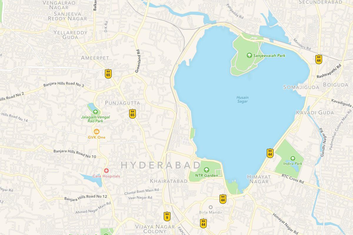 Apple is creating up to 4,000 jobs in India for Apple Maps - Vox on islamabad map, peshawar map, colombo map, karachi map, trivandrum map, anantapur district map, south asia map, assam map, courtallam map, ahmedabad gujarat map, magarpatta map, andhra pradesh map, dhaka map, myanmar map, saddar map, chennai map, duqm map, chhatrapati shivaji international airport map, india map, lahore map,