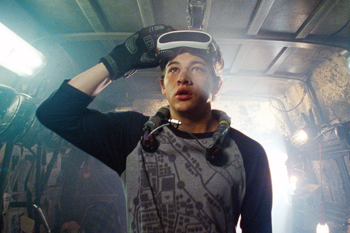 Wade with his VR OASIS goggles in Ready Player One