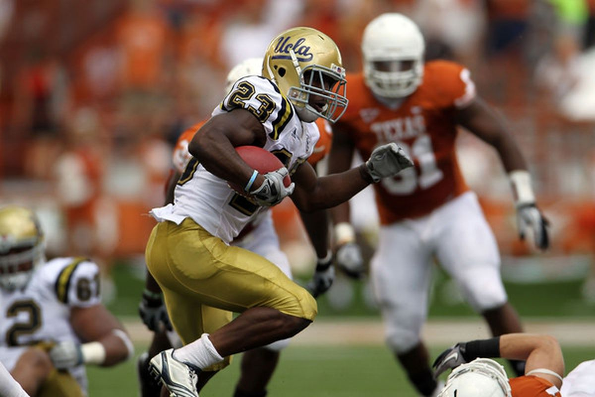 AUSTIN TX - SEPTEMBER 25:  Tailback Johnathan Franklin #23 of the UCLA Bruins runs the ball against the Texas Longhorns at Darrell K Royal-Texas Memorial Stadium on September 25 2010 in Austin Texas.  (Photo by Ronald Martinez/Getty Images)