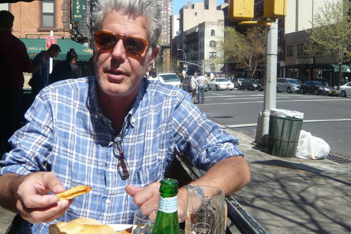 0dc994229e0 Barney Greengrass Remembers Bourdain, Who Called It 'Best Breakfast in the  Universe'
