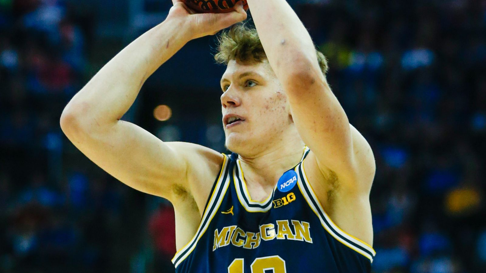 Moritz Wagner announces return to Michigan for 2017-18 ...