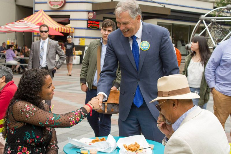 Washington Gov. Jay Inslee campaigns for I-1631.