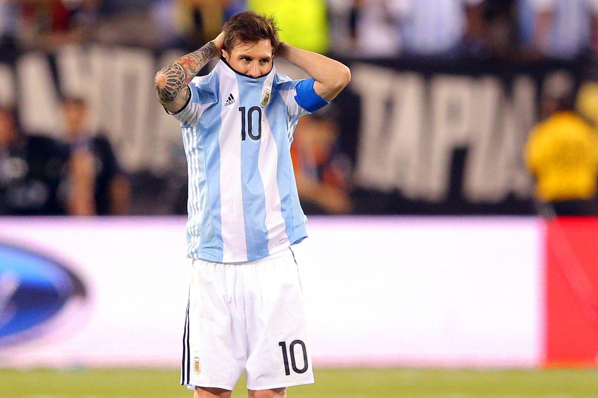 Soccer: 2016 Copa America Centenario-Argentina at Chile