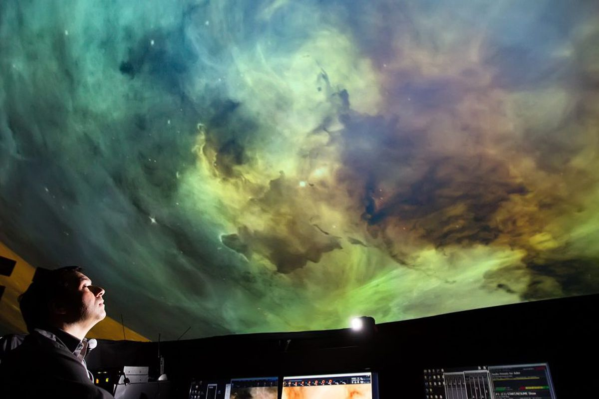 Adler Planetarium offers free admission to government