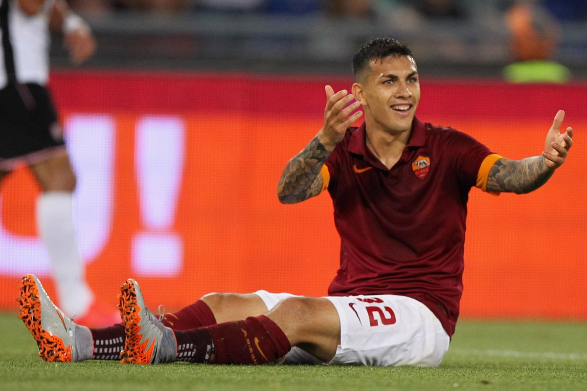 Leandro Paredes complaining (possibly about his positioning in CDT's U23 rankings?).