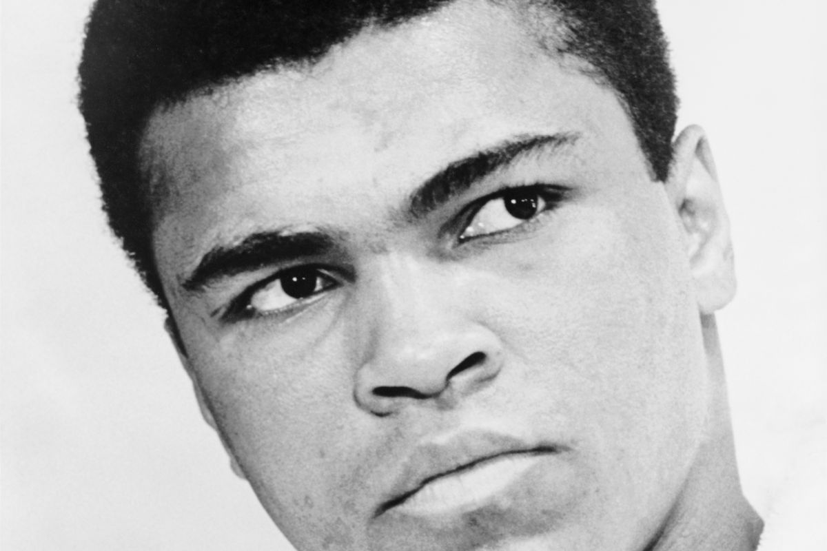 Bust photographic portrait of Muhammad Ali in 1967.
