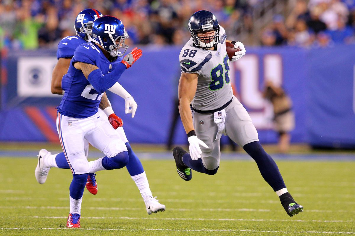 Jimmy Graham trade rumors petitive teams that could afford him