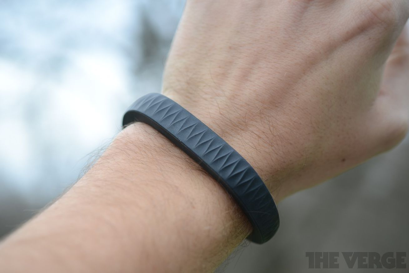 Jawbone Up hands-on pictures (2012)