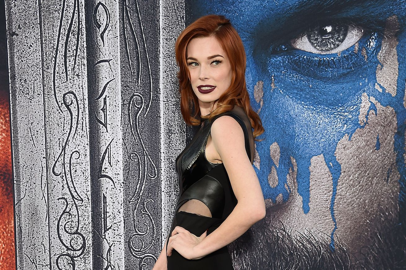 nerdist others disavow chris hardwick in the wake of ex chloe dykstra s post detailing abuse