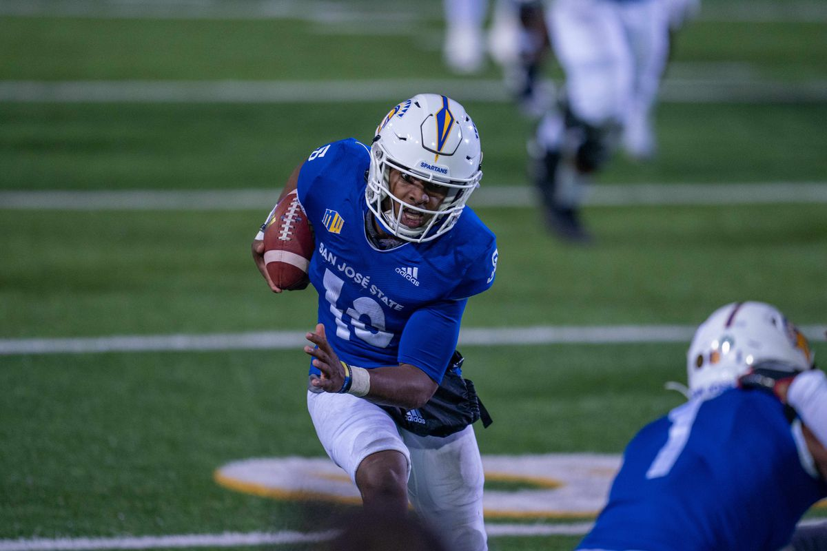 San Jose State Spartans wide receiver Tre Walker runs with the football after the catch during the third quarter against the UNLV Rebels at CEFCU Stadium.