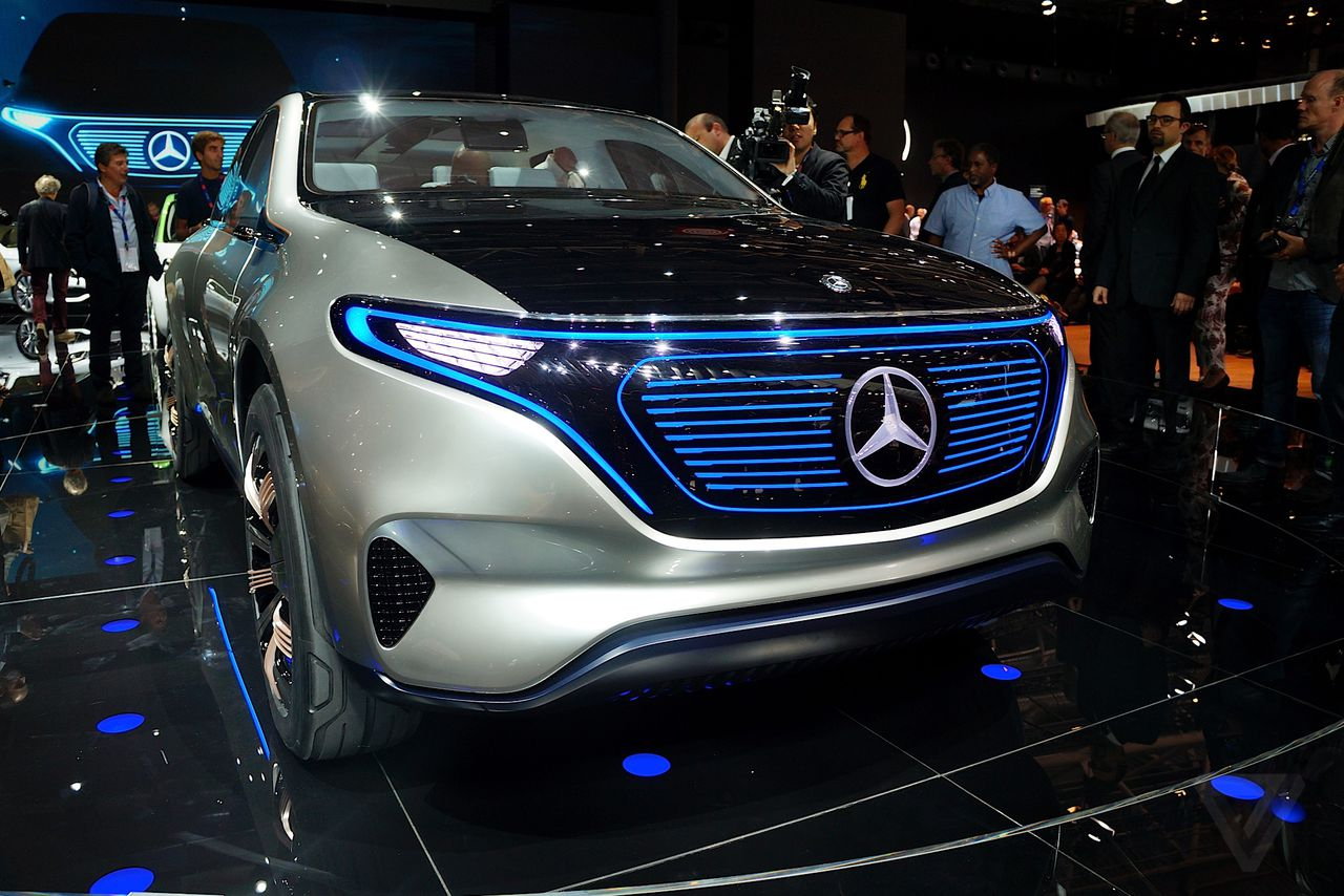 The Paris Motor Show opens amid a war on cars | The Verge