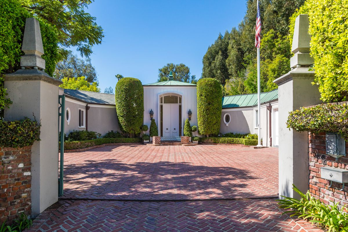 Glamorous Estate By The King Of Hollywood Regency Asking