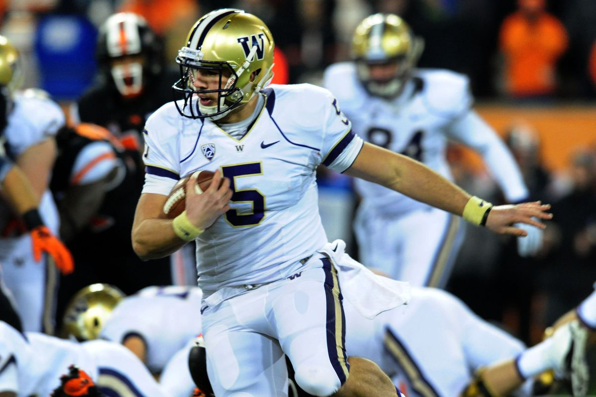 Jeff Lindquist will get the first crack at becoming the new face of Husky football next Saturday.
