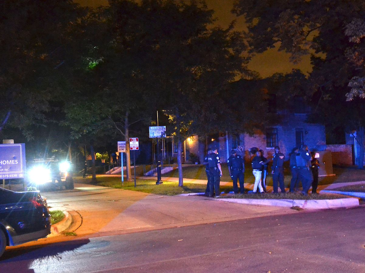 Police investigate a shooting about 11:30 p.m. Thursday, September 6, 2018 in the 2400 block of East 107th St. in Chicago. | Justin Jackson/ Sun-Times