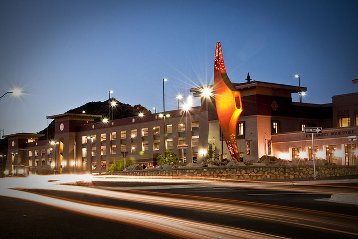 """This incredible picture of the new """"Mining Minds"""" statue at UTEP is courtesy of excellent local photographer Adrian Garcia.  <a href=""""http://www.flickr.com/photos/50659329@N02/"""">Check out Adrian's work here</a>."""