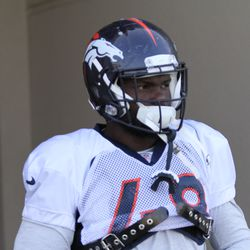 Denver Broncos OLB Shaquil Barrett walks out to the practice field.