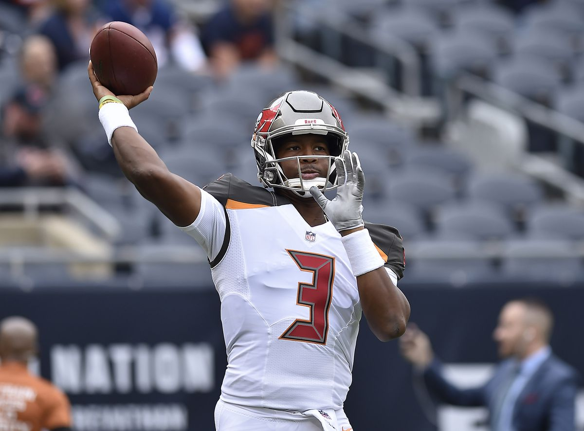 NFL: Tampa Bay Buccaneers at Chicago Bears