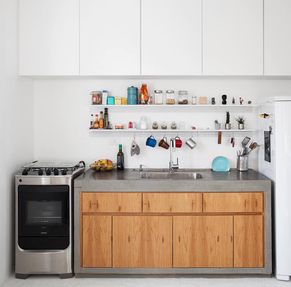 Renovation makes small apartment bright and efficient - Curbed