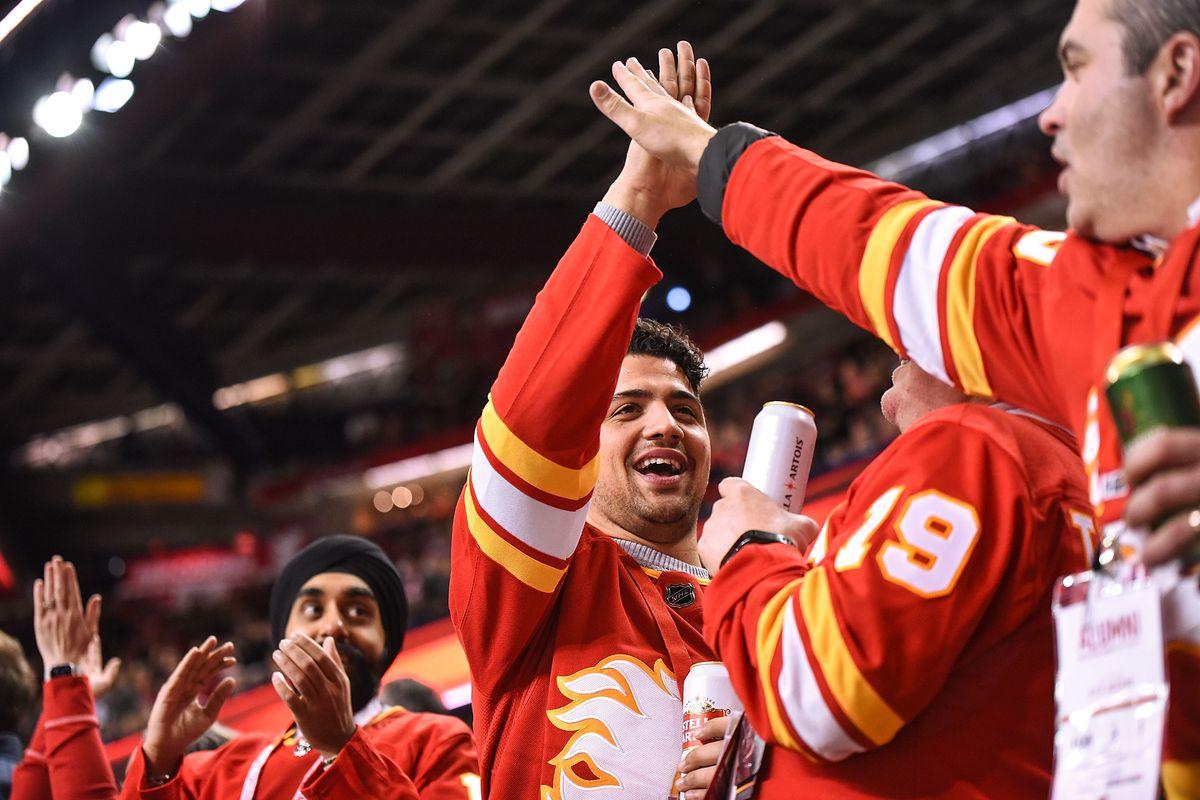 NHL: JAN 09 Wild at Flames