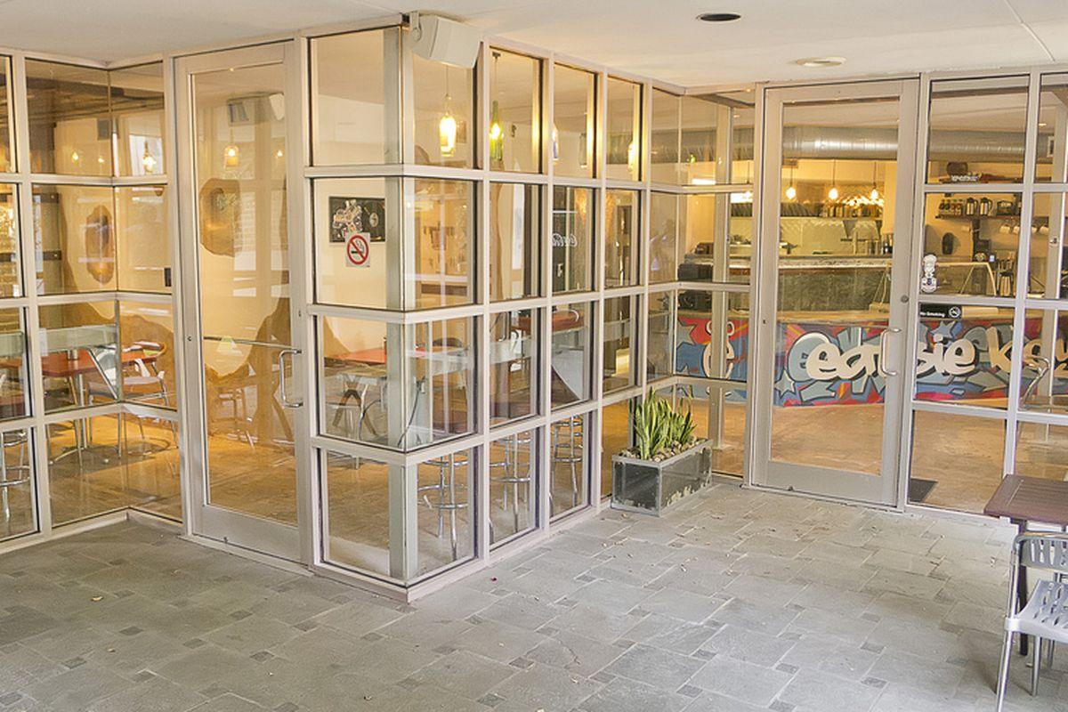 The Eatsie Boys Cafe