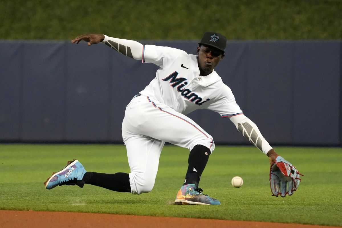 Miami Marlins second baseman Jazz Chisholm Jr. (2) fields the ball before before throwing out Los Angeles Dodgers shortstop Gavin Lux (not pictured) in the 2nd inning at loanDepot park