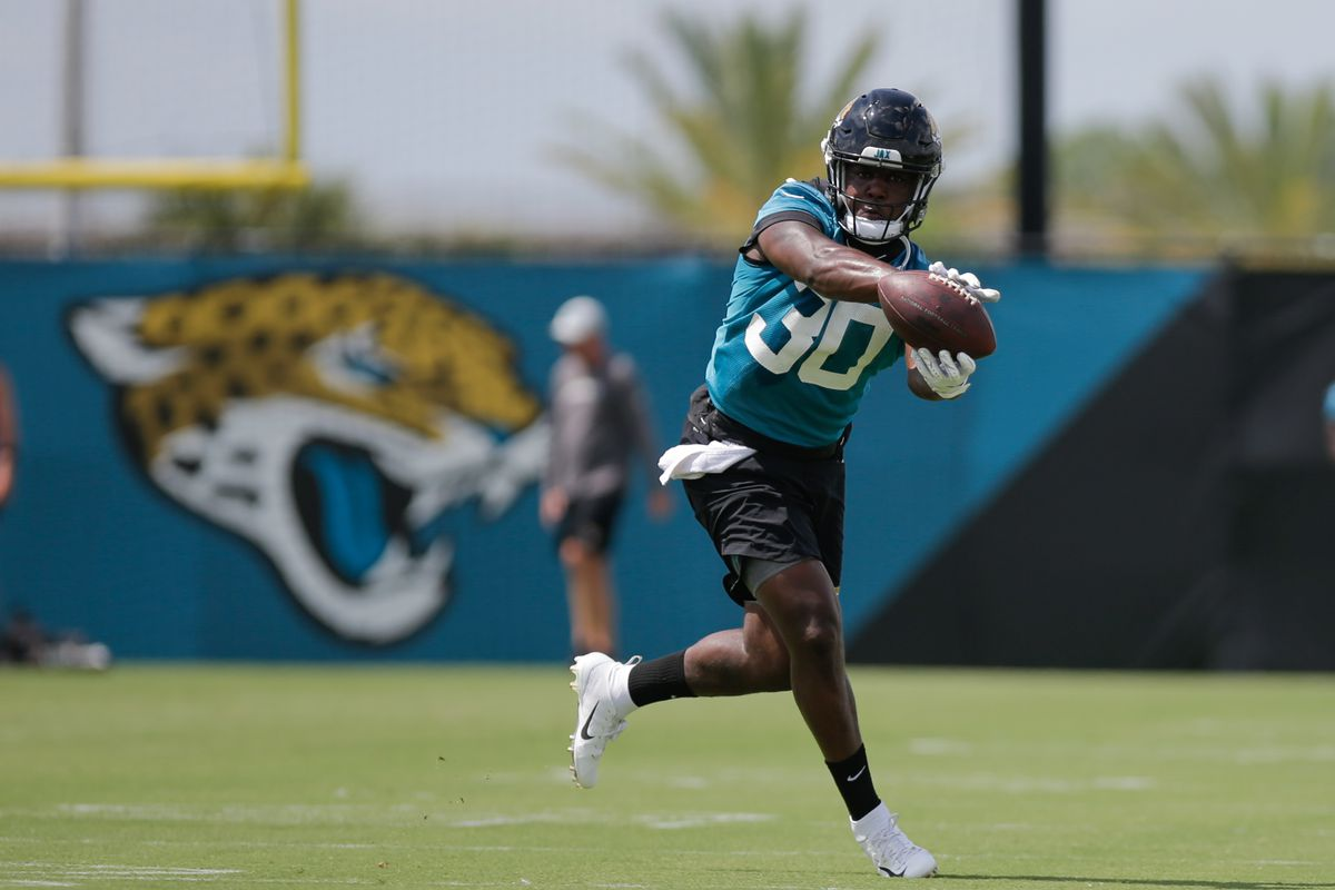 f8fc82c4 Jaguars add RB Ryquell Armstead, WR Marqise Lee, and OT Cam Robinson ...
