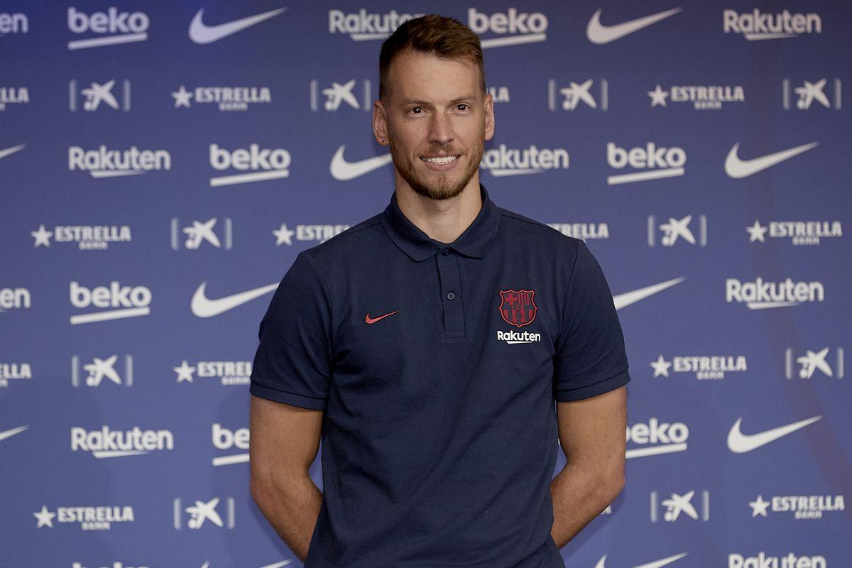 FC Barcelona Unveil New Player Norberto Murara 'Neto'