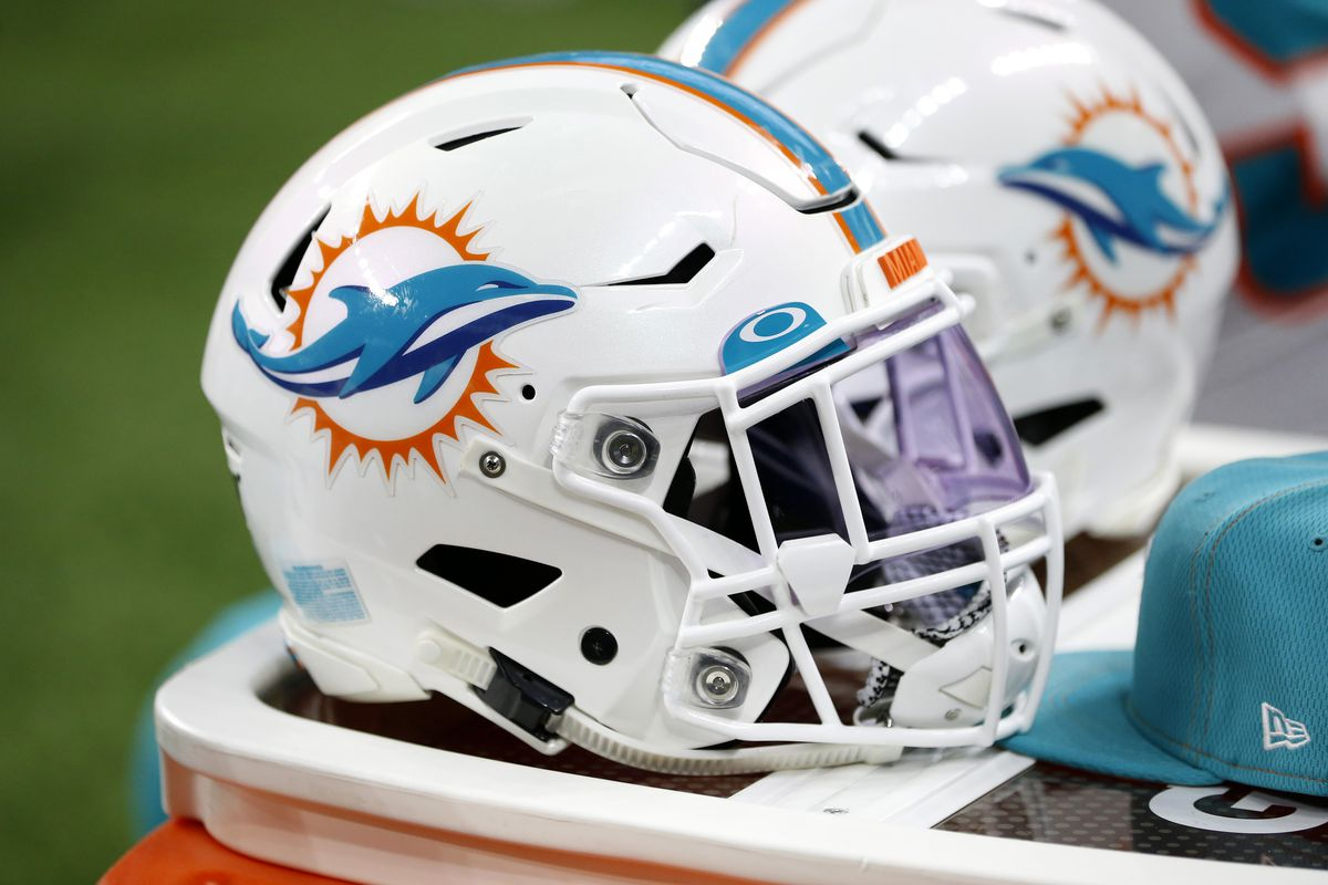 Miami Dolphins to host New England Patriots in Mexico City in 2020