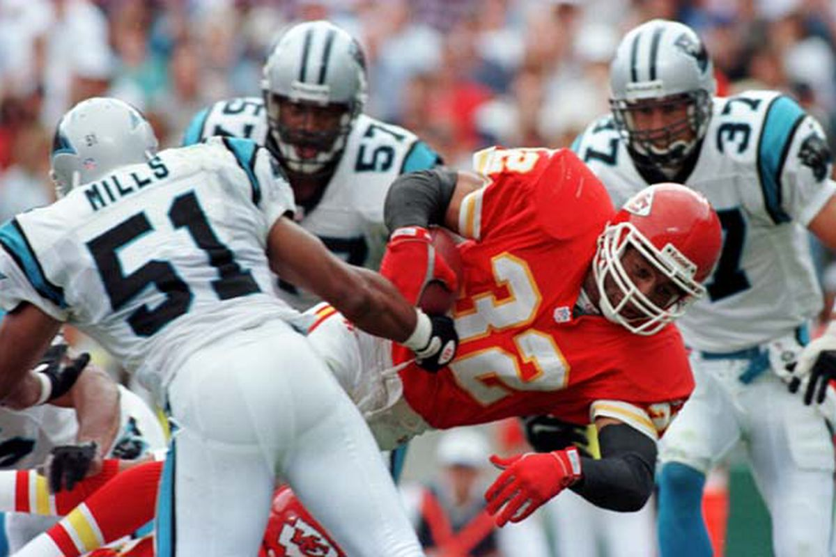 new concept 77dc4 64a67 The Greatest Kansas City Chiefs, By the Numbers: #32 ...