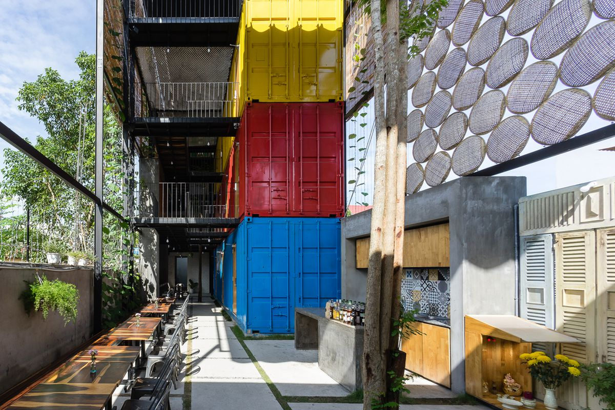 shipping container hostel
